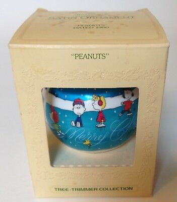 RARE 1980 Hallmark PEANUTS Snoopy Woodstock SATIN ball Christmas Ornament box