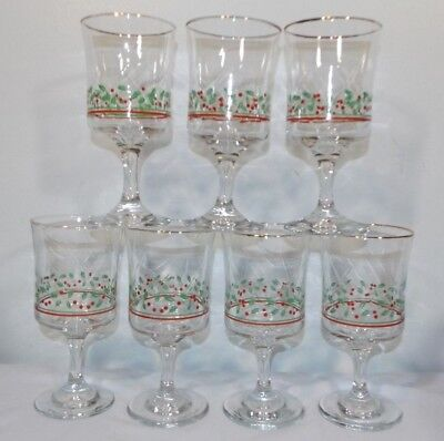 Lot 7 Arby's Holly & Berries Stemmed Christmas Goblets Libbey Gold Rim 1986