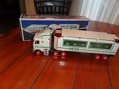 HESS Collectable 1997 Truck TOY TRACTOR TRAILER TRUCK