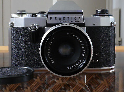 Old Camera Praktica FX