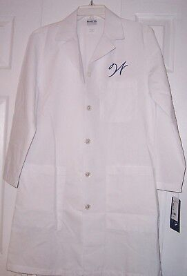 Meta Women's White Long Sleeve Lab Coat~Size Small ~ Embroidered W in Royal Blue