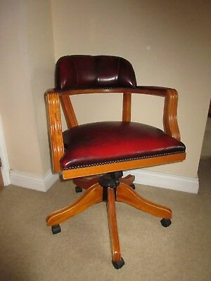 Reproduction Chesterfield Captain's Red Leather Swivel Chair