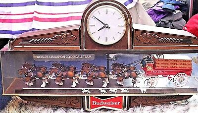 Budweiser World Champion Clydesdale Team Lighted Collectible Clock - 1950's Era