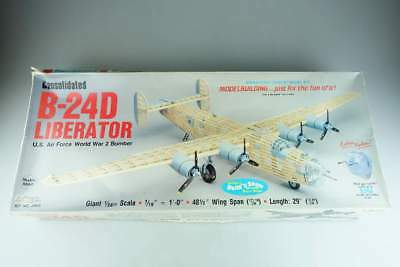 Guillow 1:28 B-24D Holz LIBERATOR US AF WW2 Heavy Bomber wooden 2003 Kit 105782