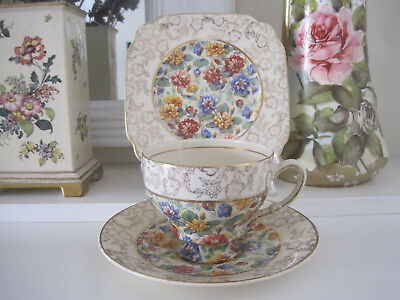 Beautiful Vintage Empire Ware Floral Chintz And Gilt Trio