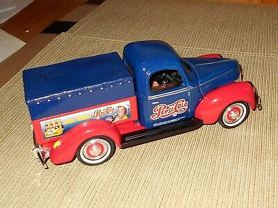 Golden Wheels Pepsi Pepsi-Cola 1940 Ford Truck Bank Any Weather's Pepsi Weather!