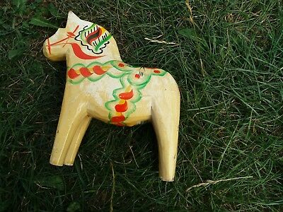 Vintage Horse Nils Olsson Sweeden Original label 15CM SCANDI wooden folk
