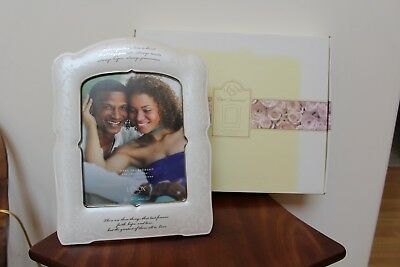 """Lenox Opal Innocence """"love Is Patient"""" 8 X 10 Picture Frame ~ New In Box"""