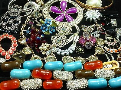 Large Lot Of Vintage~Retro Rhinestone, Crystal.. Jewelry For Repair/parts (E17)