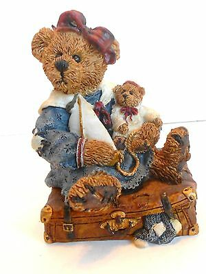 Boyds Bailey Bear with Suitcase #2000 A Journey Begins with a Single Step!