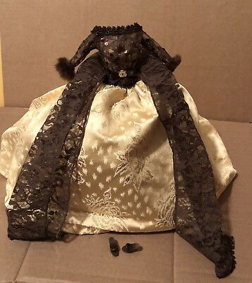 Barbie 1998 Oscar De La Renta Outfit Fashion Brown Gold Gown Shoes Lace Scarf
