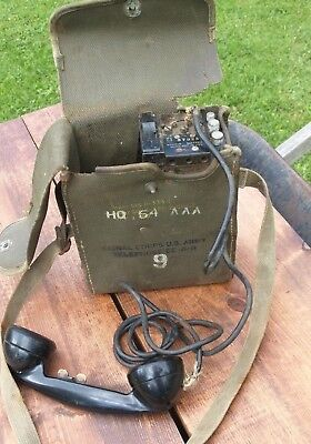 Vintage WWII US Army Signal Corp EE-8-B Field Telephone with Canvass Bag