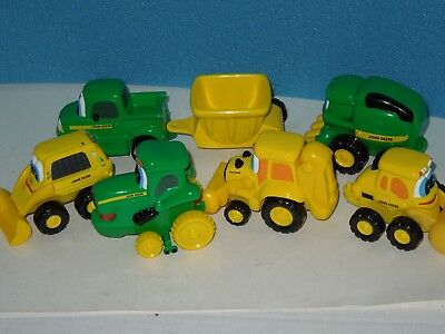 ERTL Set of 7 Piece  KId's Ertl John Deere Toy Play Tractors
