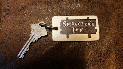 Vintage Hotel Room Key Smuggler's Inn, Tucson, Arizona 85710 Room 122