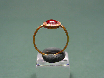 Ancient Gold & Garnet Child Ring Roman 100-300 Ad