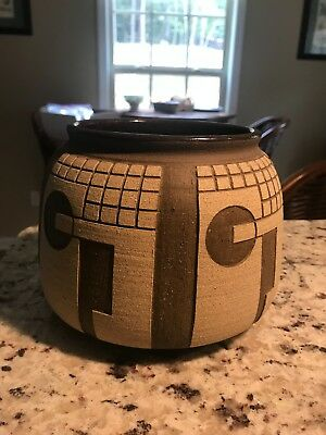 signed Guadalupe Pottery planter pot vessel
