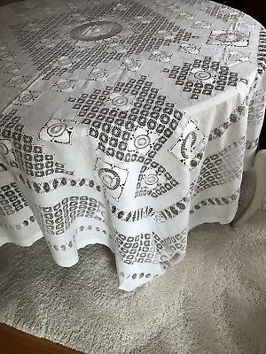 Stunning Vintage Linen Handmade Drawn Work Lace Tablecloth
