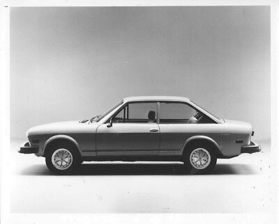 1973 Fiat 124 Sports Coupe ORIGINAL Factory Photo oac0491