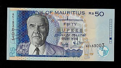 MAURITIUS  50  RUPEES  1999  AC  PICK # 50a UNC.