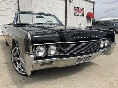 1967 Lincoln Continental  RESTORED TRIPLE BLACK CONVERTIBLE. AIR CONDITIONING, LEATHER AND SUEDE SEATS