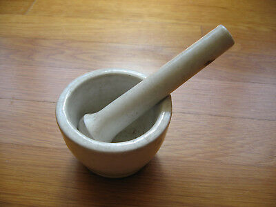 Coors No. 1 Size Mortar and Pestle - Made in USA - Great Smaller Size