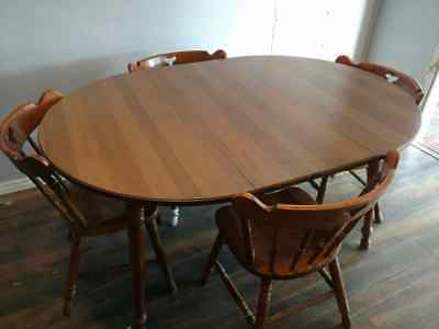 Tell City Hard Rock Maple Dining Table 2 Leaves + 4 Matching Chairs