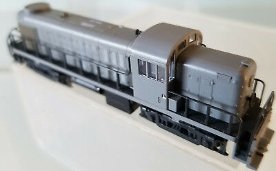 Atlas by Kato 4200A N Scale RS-3 Undecorated Diesel Locomotive LN Tested 1983