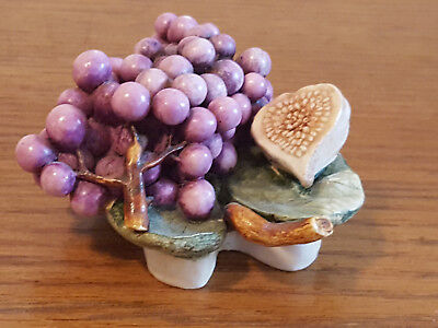 Lord Byron's Harmony Garden - Grapes - Harmony Kingdom - excellent condition