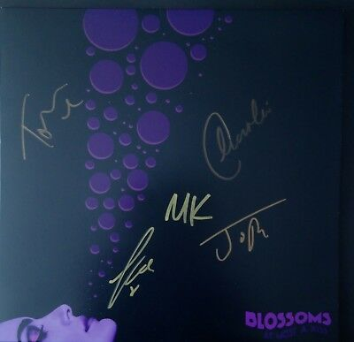 """NEW BLOSSOMS At most a kiss signed 10"""" vinyl single autographs"""