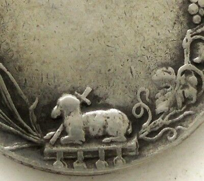 Antique Silver Medal Pendant To Communion - Decors Holy Lamb & Holy Spirit Dove