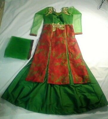Thread Embroidered 3-Piece Red and Forest Green Wedding Lengha with Long Kameez