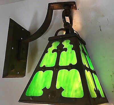 Old Antique MISSION ARTS & CRAFTS Green SLAG GLASS WALL SCONCE GOTHIC Light Lamp