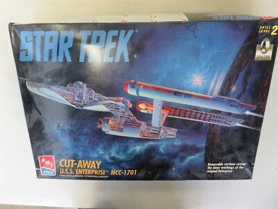 Star Trek U.S.S. Enterprise NCC-1701 Cut-Away Model Kit AMT/ERTL #8790