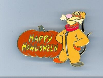 Disney Auctions Halloween Howl-oween Pooh friend Tigger as Dog Pluto LE 100 Pin