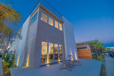 Entertainers Luxury 3 Level Home For Sale - Naples Island Waterfront Community