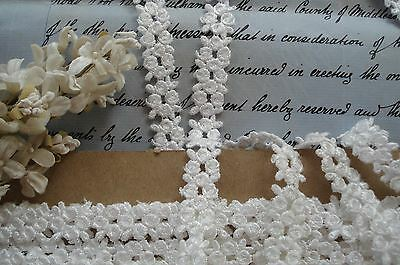 1y VINTAGE WHITE VENISE SCHIFFLI TINY APPLIQUE FLOWERS RIBBON LACE TRIM DOLL HAT