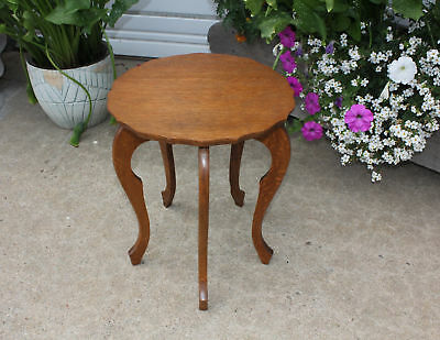 Antique Little Quarter Sawn Oak Plant Stand Side Table w 5 French Cabriole Legs
