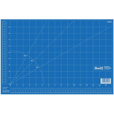 Revell Modeller's Cutting Mat - Large (450 x 300 mm) - 39057 - NEW