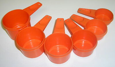 Vintage ReTRo Tupperware Tangerine Orange Set Measuring Cups