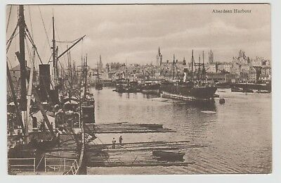 Walking the Planks, in Aberdeen Harbour: ~1903 Vintage Collotype PPC, VG Unused.