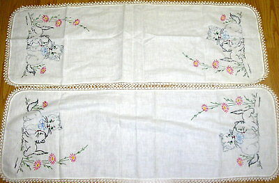 2 Lot Vintage Embroidered Table Runners Playful Cats Kittens Flowers NEW
