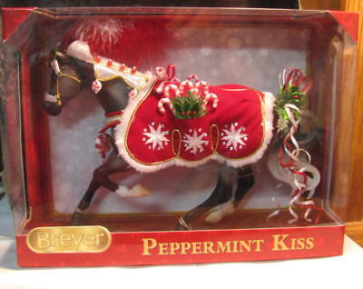 Breyer Christmas/holiday Horse  Peppermint Kiss  2015  #700118