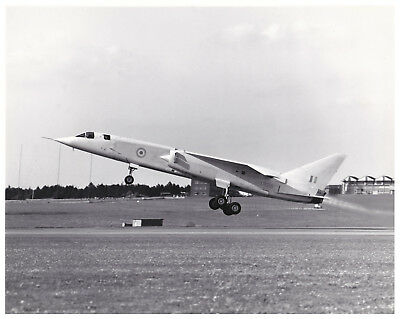 Tsr.2 Xr219 Take Off Boscombe Down 1964 Original British Aerospace Photo Rare