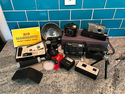 Lot Vintage Cameras, everything in photo is included