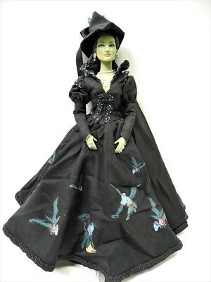 "Tonner Wizard of Oz  16"" TAKING FLIGHT WICKED WITCH Doll  2003"
