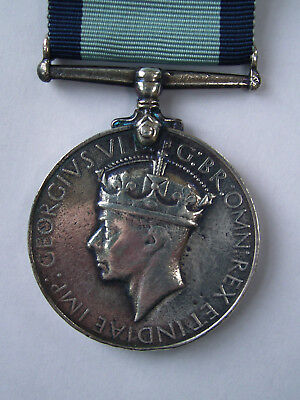 Medals - Conspicuous Gallantry Medal Gvi - Old Copy Period Vintage - 99P Start