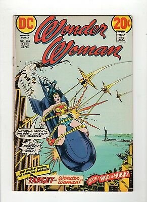 Wonder Woman #205 F- 5.5 Off White Pages Bondage Cover