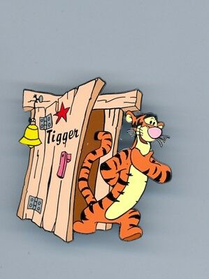 Disney Auctions Winnie the Pooh friend Tigger Dressing Room Door LE 500 Pin