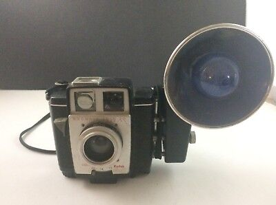 Vintage Brownie Twin 20 Kodak Box Camera w/ Kodalite Midget Flasholder