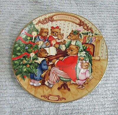 """Avon 1989 Bears Together for Christmas Plate 8"""" dia 22k Gold Porcelain FREE S/H"""